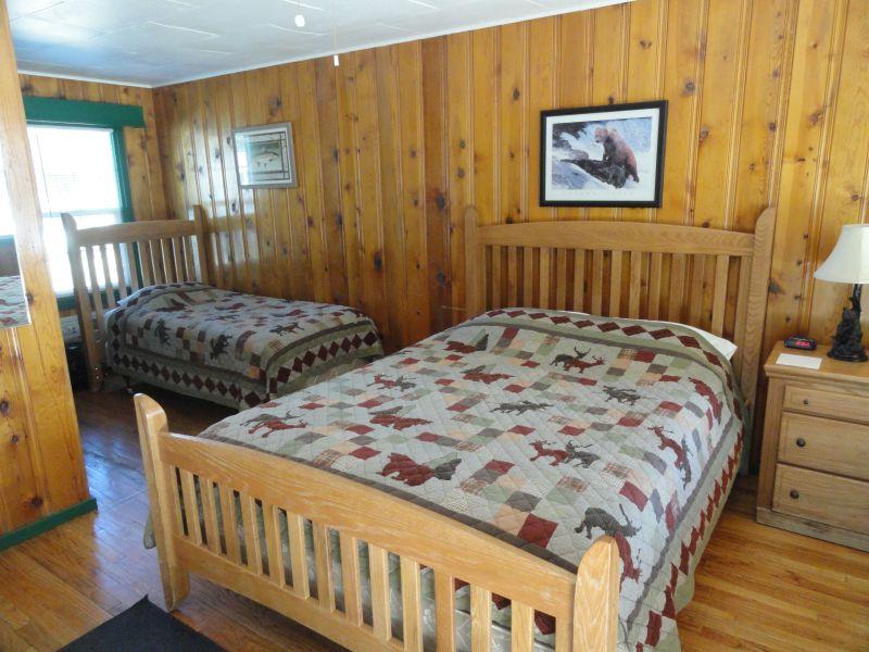 Bear room 4