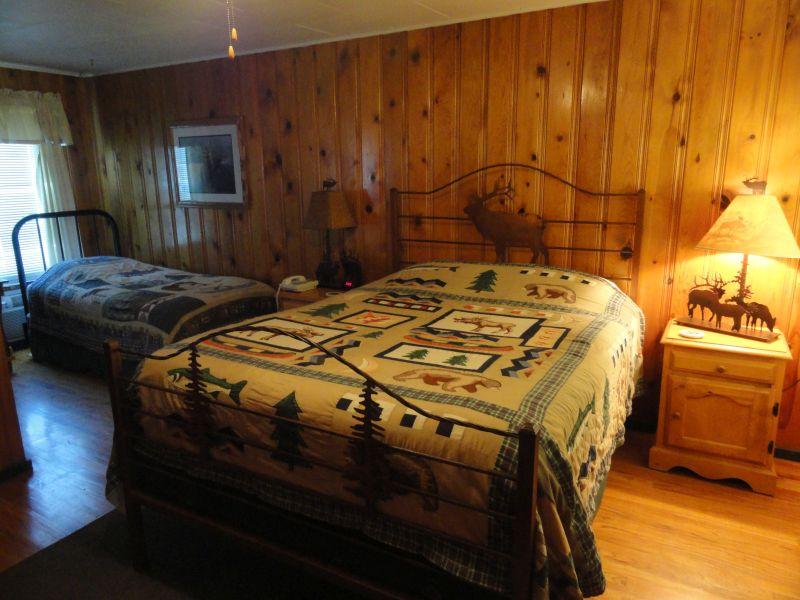 Elk room 2